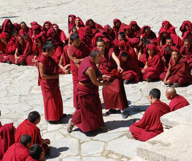 Дебаты в монастыре Дрепунг