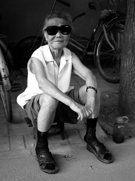 Бабушка в стиле рок