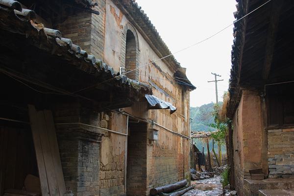 Маленькая деревня с богатой историей / Магазета