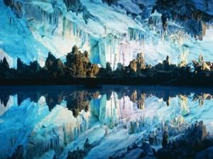 Китайская экспансия на dirty.ru: кастровые пещеры