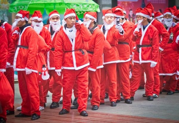 Китайский рождественский десант: фото-репротаж из Чунцина / Магазета
