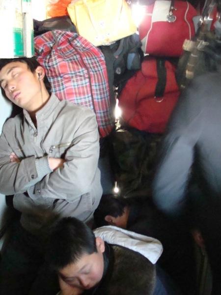 Сладкие моменты нелегкого путешествия / «Весенний Ток»: 春运 в Китае