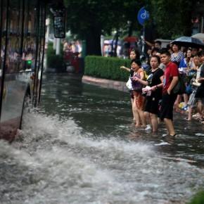 Проливные дожди в Чэнду
