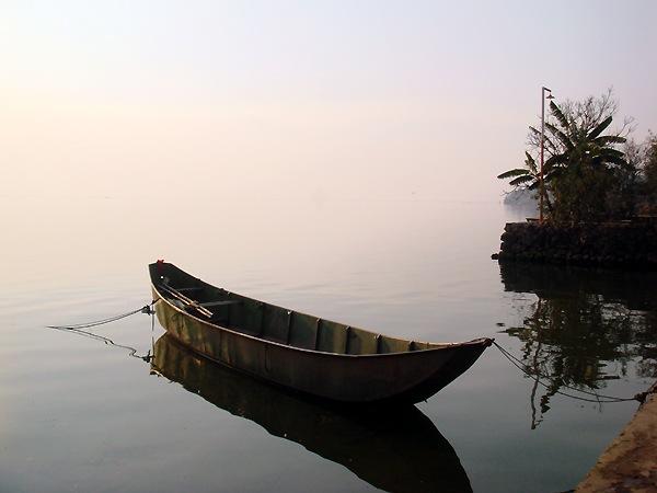 Озеро Эрхай. 250 кв.км похоже на Море