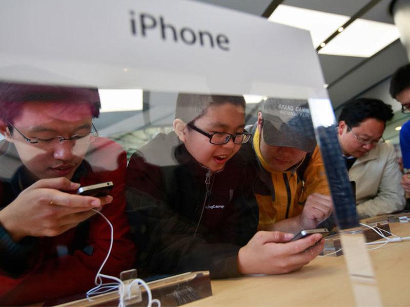 Китайские власти развернули медиавойну против Apple