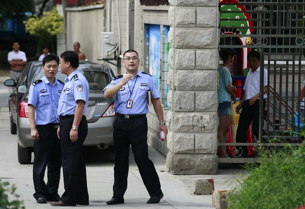 Опять! Мужчина устроил массовую резню у начальной школы в Шанхае