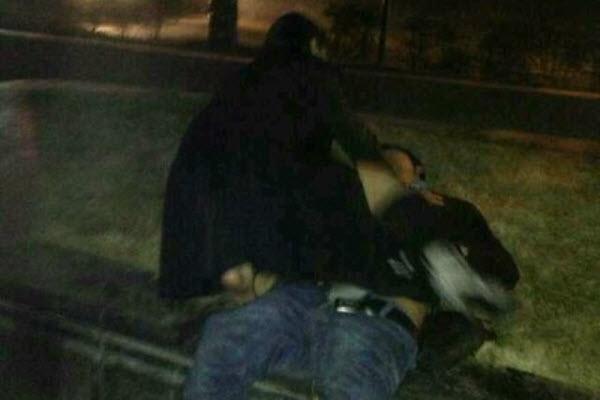 Китаянка публично изнасиловала пьяного мужчину на улице