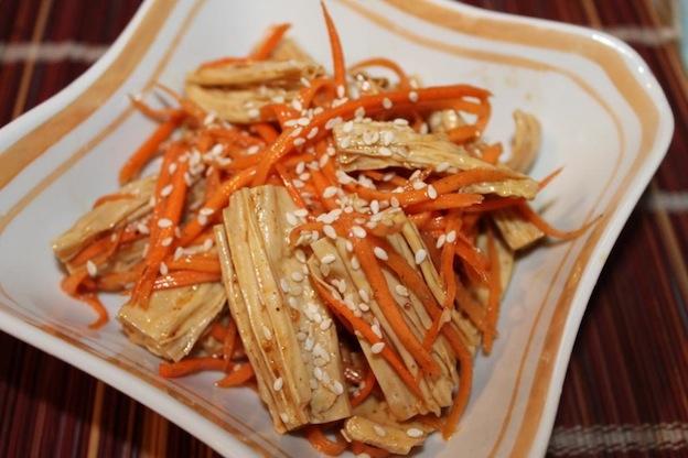 Фучжу с морковью