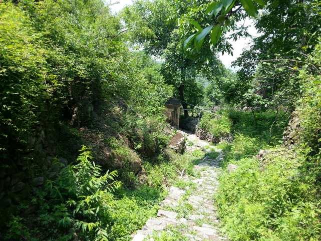 Китайская деревня недалеко от Пекина road1