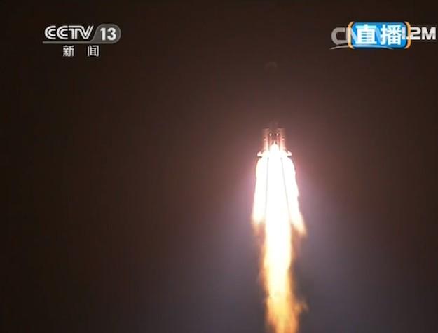 Китай отправил к Луне свой первый луноход