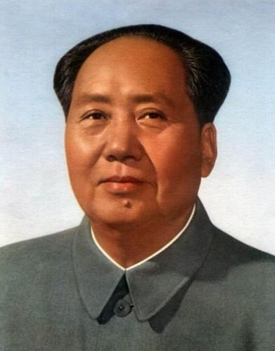 Официальный портрет Мао Цзэдуна с 1960 по 1966, группа художников при участии Чжан Чжэньши