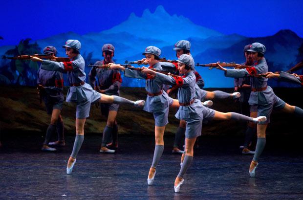 Первые па китайского балета