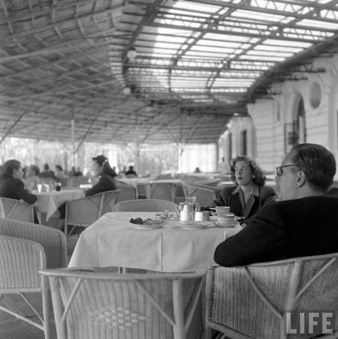 French Club restaurant Jack Birns 1949 LIFE