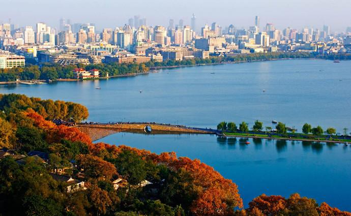 Озеро Сиху и Сломанный мост. Источник: baike.so.com