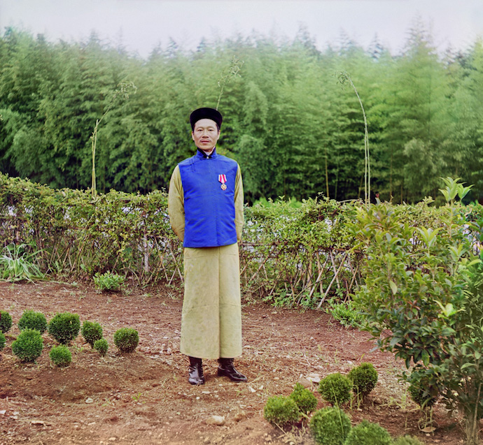 Чайная фабрика в Чакве. Мастер китаец Лау-Джань-Джау. Источник: tea-terra.ru