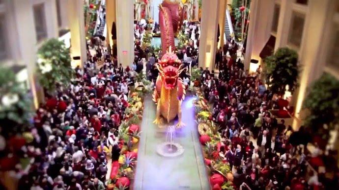 Танец дракона в казино Venetian Macau. Источник: Lohan School of Shaolin / YouTube