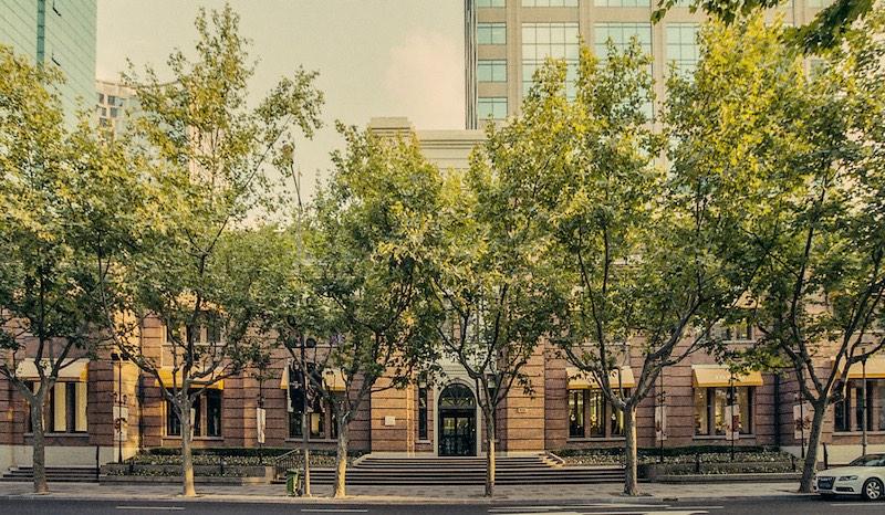 Современный фасад здания. Источник: Катя Князева
