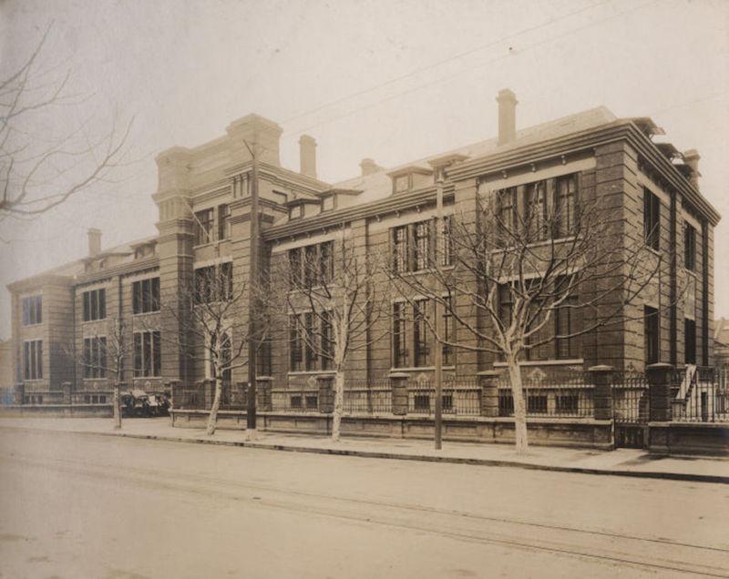 Здание Французского муниципального совета на авеню Жоффр. Источник: virtualshanghai.net