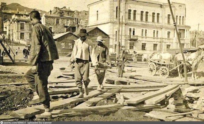 Китайские рабочие в 1918 году. Источник: архив Игоря Борисенко