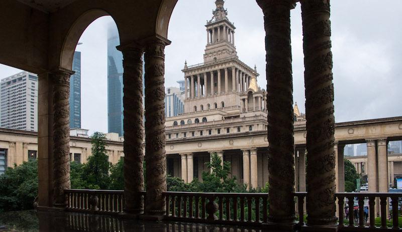 Выставочный центр, вид из галереи в западном крыле. Источник: Катя Князева