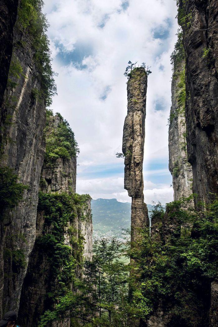 Карстовые скалы Эньши. Источник: 叶子1961 / 360doc.com