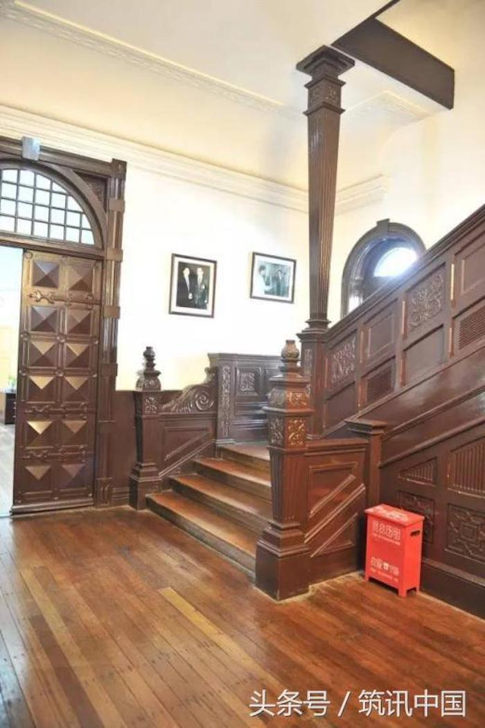 Холл в вилле Драммонда в наши дни. Источник: 筑讯中国