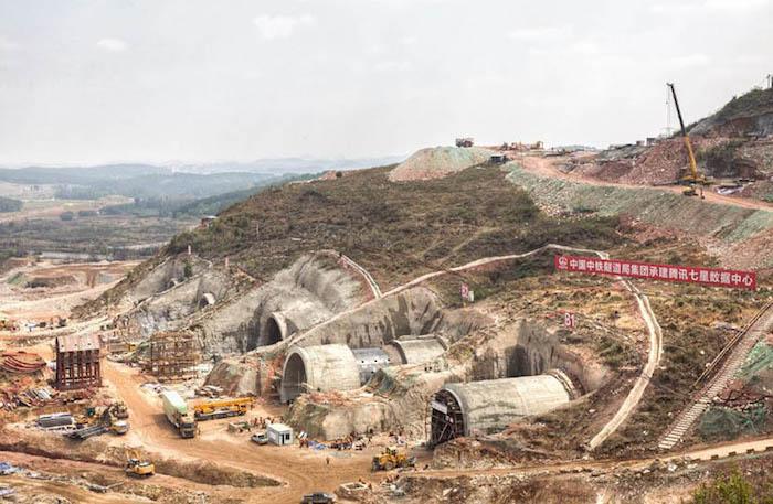 Новый дата-центр в Гуйчжоу - в процессе строительства. Источник: Chen Jin для Sixth Tone