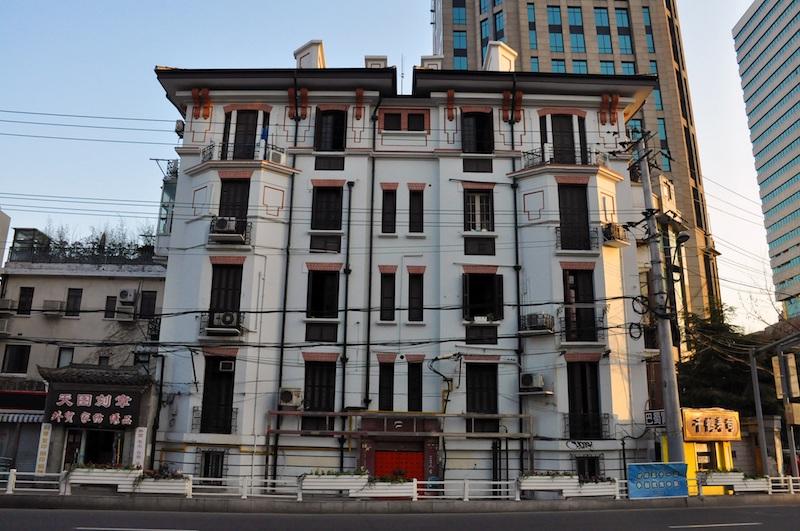 Фасад общежития. Источник: wikipedia (Fayhoo)