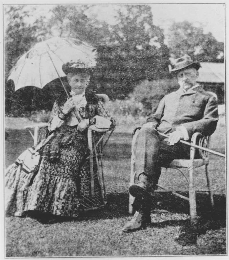 Эдвард Хогг с супругой, владельцы поместья, в котором разместился Колледж Св. Иоанна. Источник: minguotupian.com