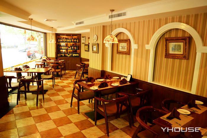 Интерьер кафе Кевен. Источник: yhouse