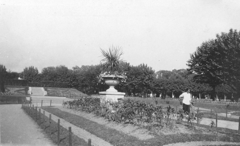 Центральная клумба в 1925 году. Источник: Virtual Shanghai