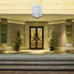 Вход в бывшие апартаменты Кавендиш-корт, ныне бутик-отель (с) Booking.com