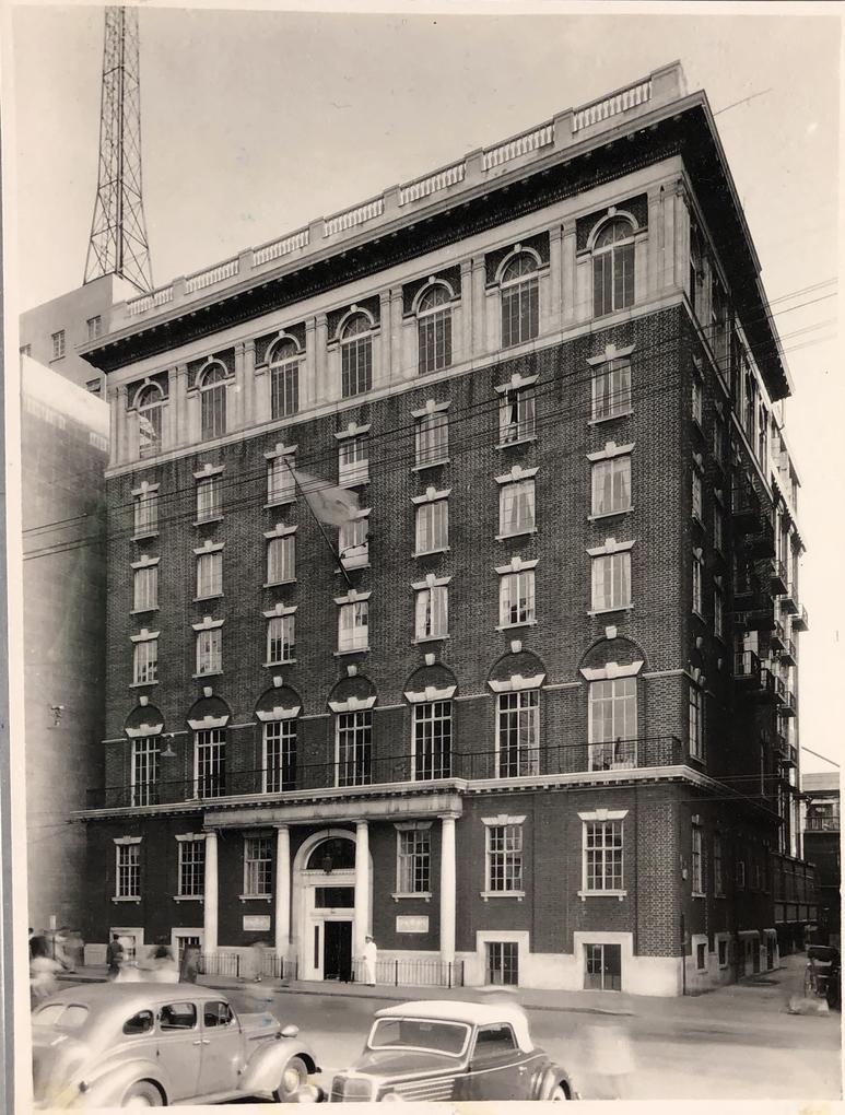 1930 год. Здание Американского клуба вскоре после постройки. Источник: Virtual Shanghai