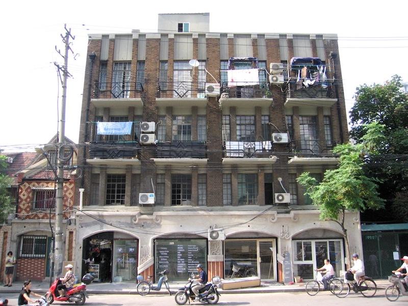 Многоквартирный дом Nesthouse Apartments работы Б. Кривоша. Источник: John Meckley