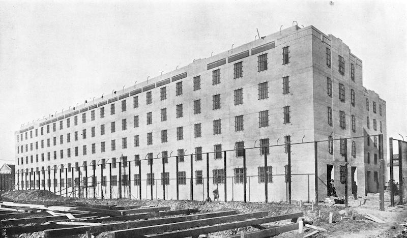 Новые высокие корпуса, построенные в 1928 году. Источник: отчет Муниципального совета сеттльмента за 1929 год