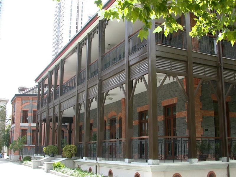 Современный вид здания бывшего кабаре. Источник: sta.edu.cn