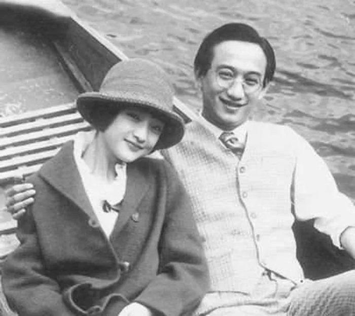 Сюй Чжимо и его вторая супруга Лу Сяомань. Источник: 搜狐