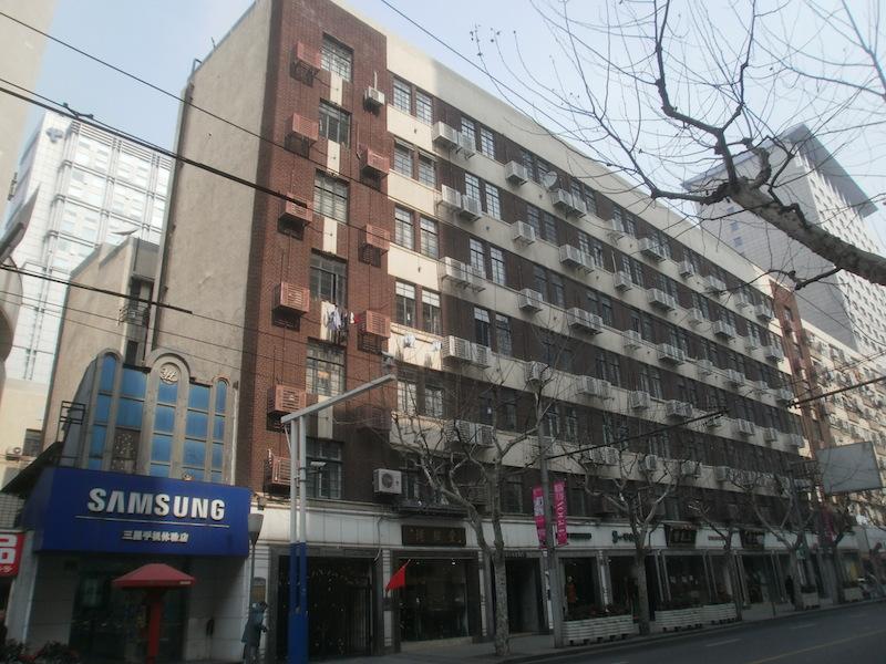 """Современный фасад """"Мажестика"""" с двумя надстроенными этажами. Источник: 虎虎生威 at sina.com"""