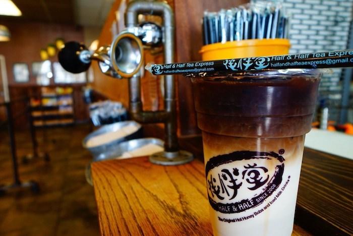Молочный чай на основе улуна будет горчить, но его можно подсластить. Источник: OpenRice 台灣開飯喇