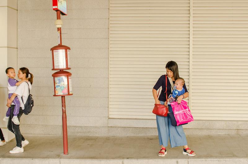 С эрго-рюкзаком или слингом в Макао перемещаться проще. Фото: Алина Кочетова