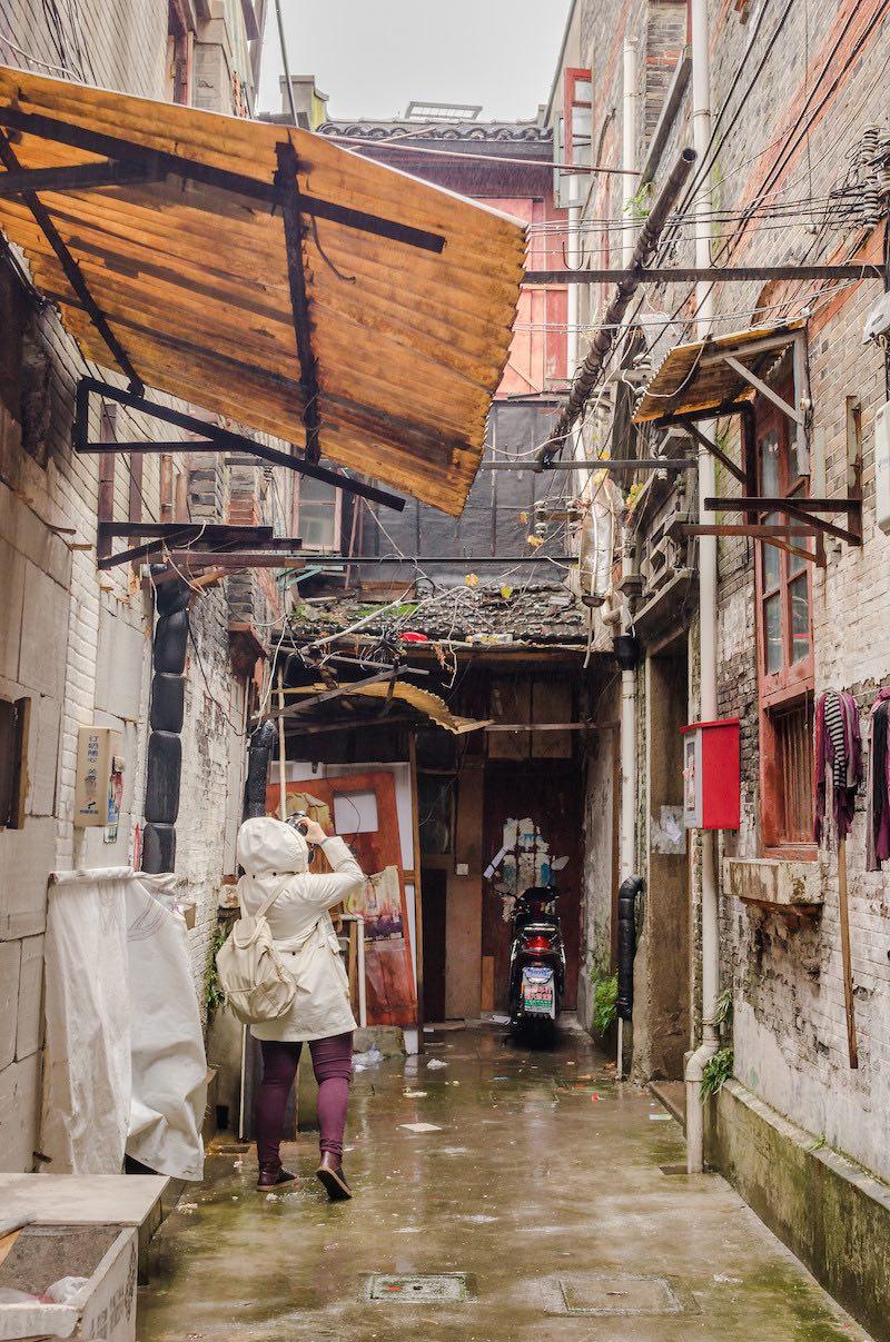 Внутренний двор скрывает частную жизнь от посторонних глаз. Фото: Алина Кочетова