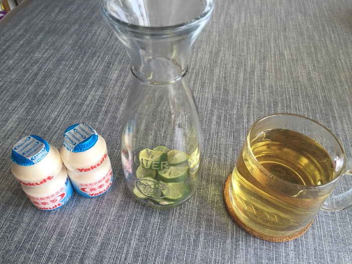 Якульт с зеленым чаем и лаймом. Источник: 豆果美食