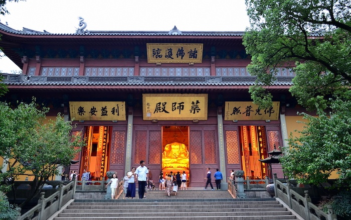 Уже в период Северной Сун Линъиньсы был огромным буддийским центром, где проживало около 3000 монахов. Источник: Wikimedia Commons