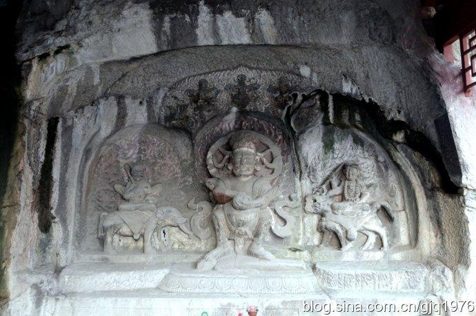Изображение Махакала - гневного защитника Будды, божества из пантеона тибетского буддизма. Источник: 新浪博客