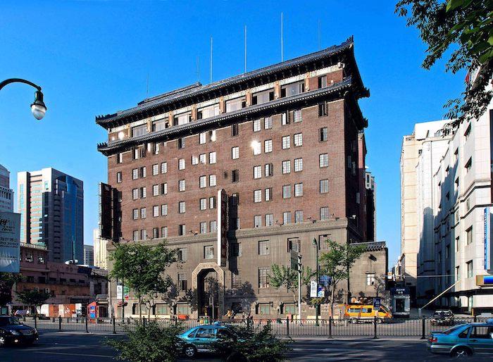 Фасад здания в наши дни. Источник: 汤德伟_2009 via sina.com