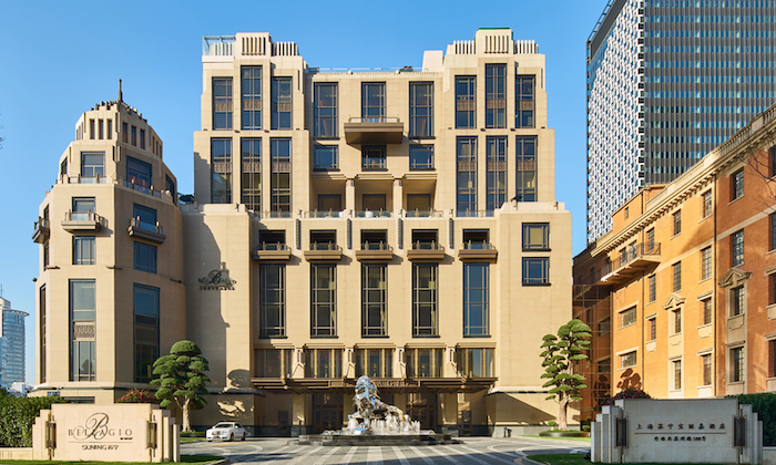 Современное здание на месте больницы; справа бывший кухонный блок. Источник: designinsiderlive.com