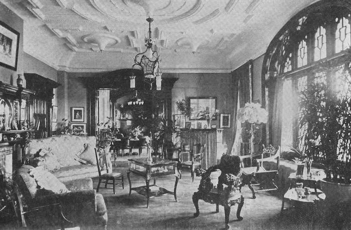 Интерьер особняка в 1910-е годы. Источник: minguotupian.com