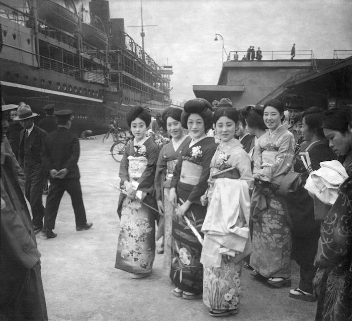 Японки в шанхайском порту ок. 1930 года. Источник: Louis-Philippe Messelier