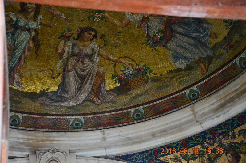 Фрагмент потолочной мозаики. Источник: 江南游1971 sina.com