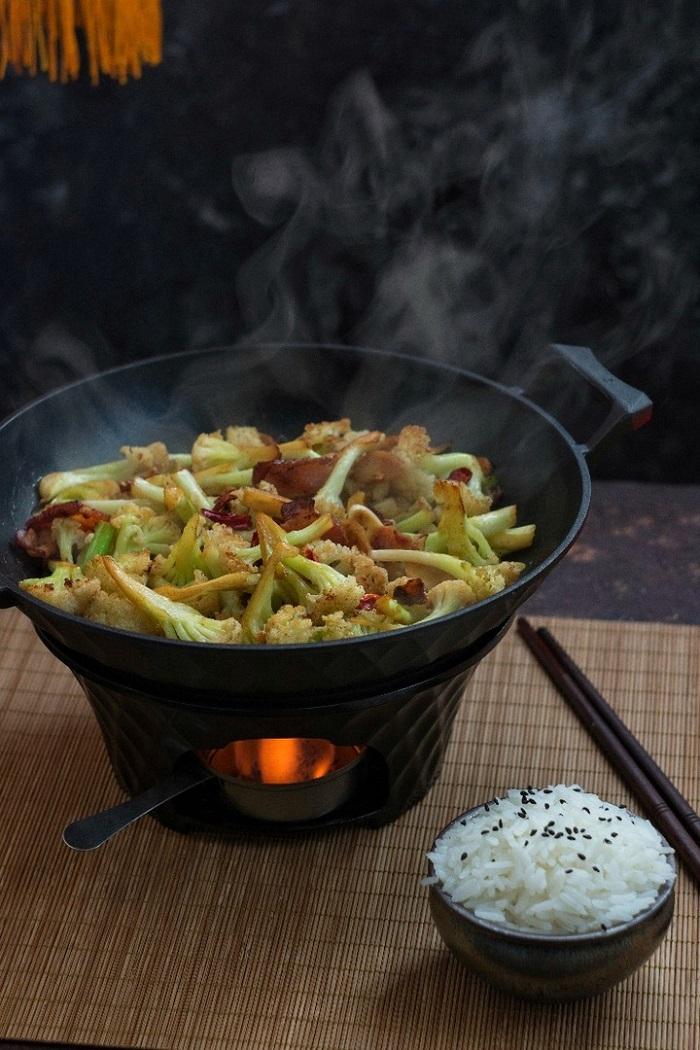 Цайчик. Лучшие китайские рецепты от Саши Чекалиной